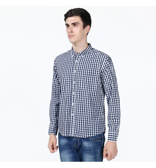 Men's cotton casual fashion plaid long-sleeved shirt European and American models show