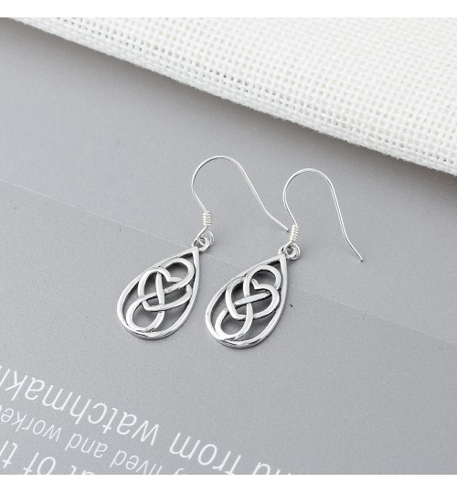 Drop-shaped simple Silver earrings for girls