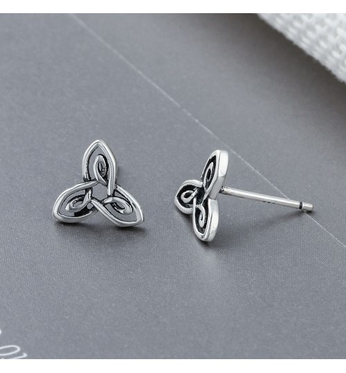 European retro earrings s925 pure silver Stud earrings